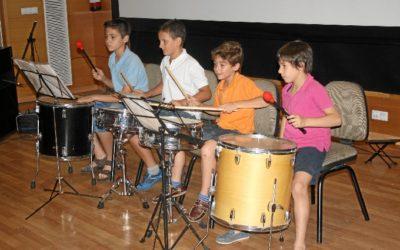 Aprender música beneficia el desarrollo y éxito escolar