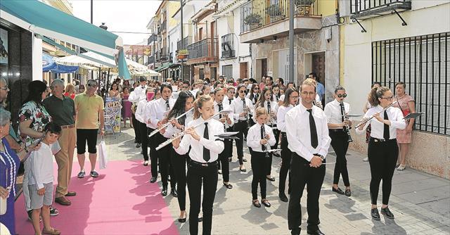 COMPETENCIAS MUNICIPALES Y ESCUELAS DE MUNICIPALES DE MÚSICA